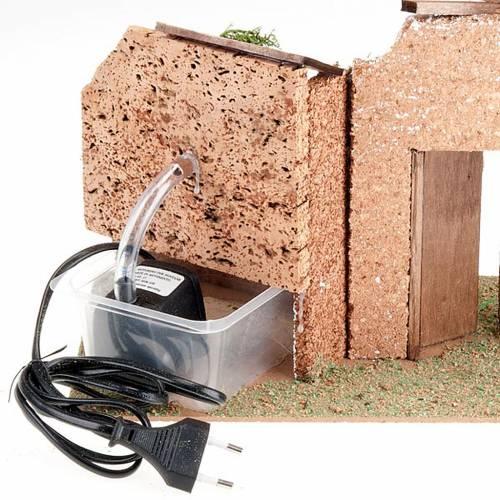 Fuente pesebre eléctrcia con techo y puerta 6watt 2
