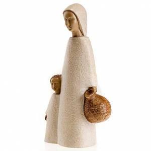 Statuen aus Stein: Jungfrau aus Nazareth