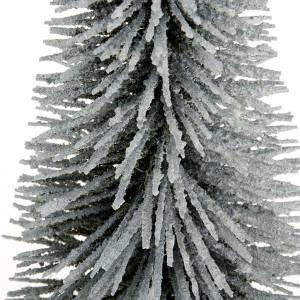 Moos, Stroh und Bäume für Krippe: Kiefer mit Schnee fuer Krippe mit Basis