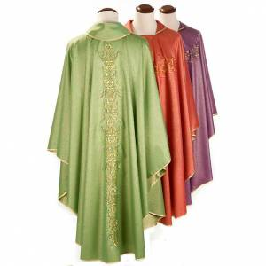Chasubles: Liturgical vestment in lurex with stylized gold motifs
