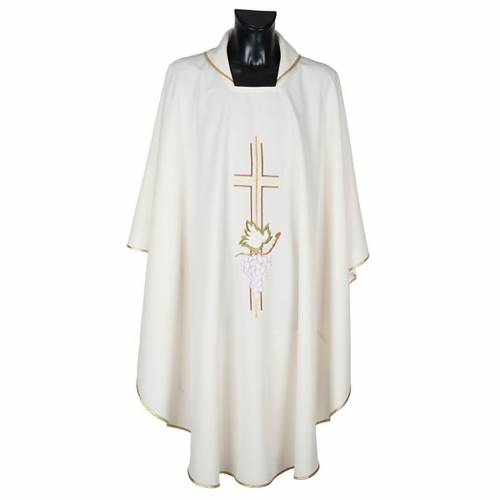 Liturgical vestment in polyester with grapes and double cross s1