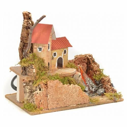 Maison et feu de bois effet flammes crèche 15x10x12 cm s3