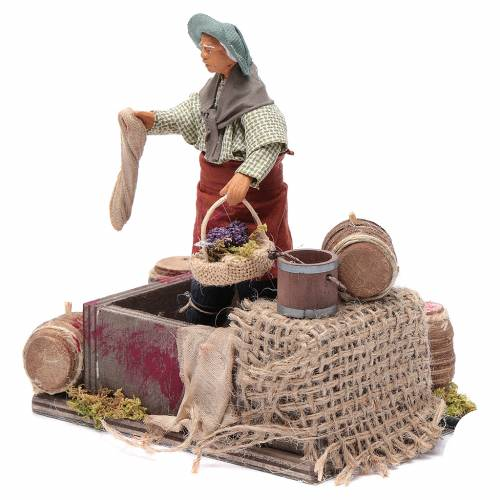 Man squeezing Grapes 12cm neapolitan animated Nativity s2