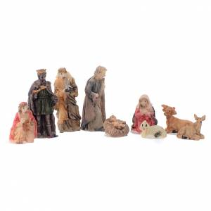 Resin and Fabric nativity scene sets: Mini nativity set in resin measuring 5cm, 9 figurines