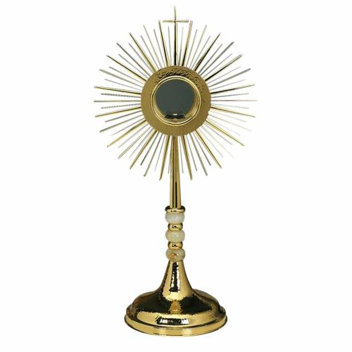 Monstrance with hammered gold-plated brass s1