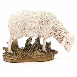 Mouton résine peinte tête baissée pour crèche 12 cm gamme Martino Landi s2