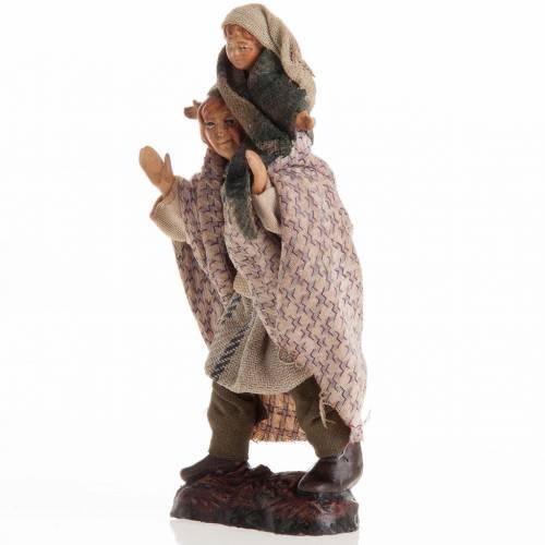 Neapolitan Nativity figurine, Man giving child a piggyback ride s2