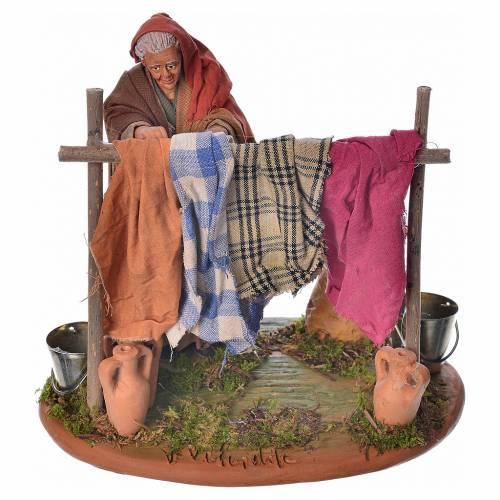 Neapolitan Nativity figurine, woman hanging clothes, 14 cm s1