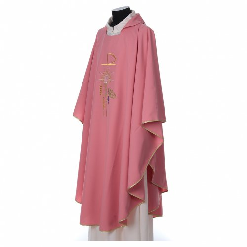 Pink Chasuble in wool and lurex with Chi-Rho, monstrance, wheat s3