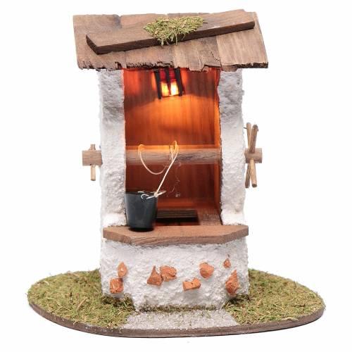 Pozzo con secchio 15x15x10 cm e lanterna illuminata s1