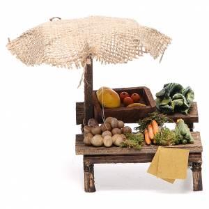 Puesto de mercado para belén con sombrilla y verduras  12x10x12 cm s1