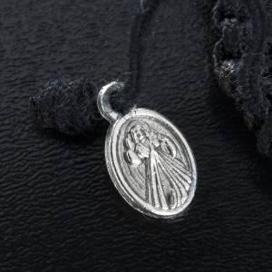 Pulsera en cuerda y medallas corazón s3