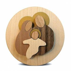 Round wooden favour with Holy Family s3