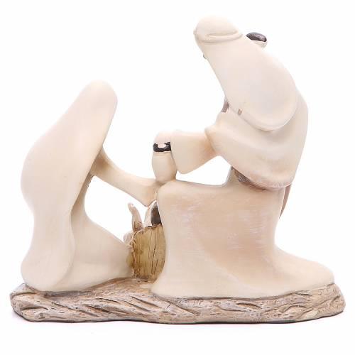 Stylised nativity in resin measuring 15cm s3