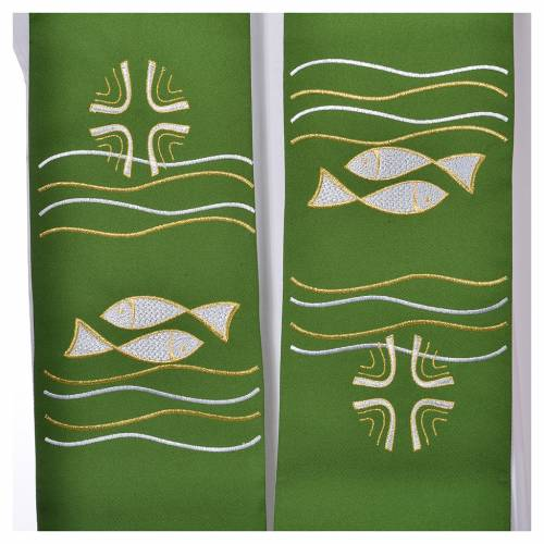 Étole 80% polyester 20% laine décor poissons et croix s2