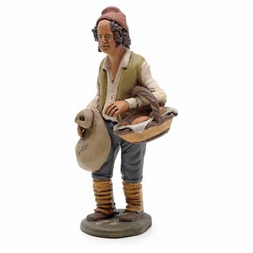 Uomo con pane terracotta Deruta 18 cm s2