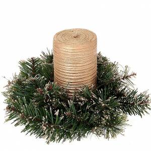 Dekoracje bożonarodzeniowe do domu: Wianuszek na Boże Narodzenie z sosny syntetycznej