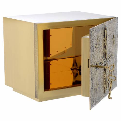 Altar Tabernacle with cross relief in gold plated brass, Molina s5