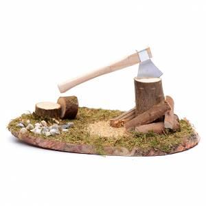 Ambientazioni, botteghe, case, pozzi: Ambientazione momento taglio di tronchi con ascia