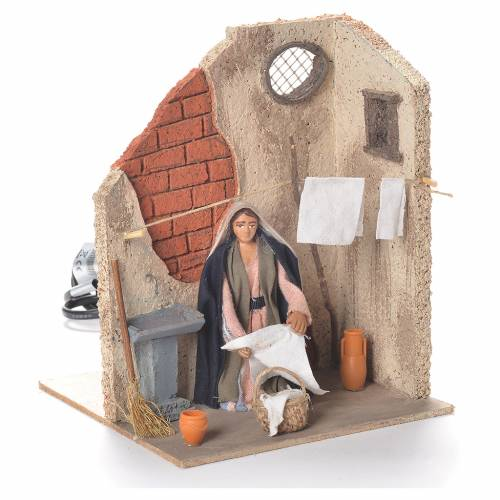 Animated woman hanging clothes 10cm Neapolitan Nativity s2