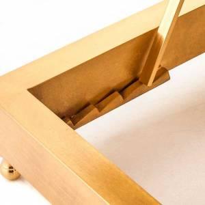 Atril de mesa en latón dorado s4