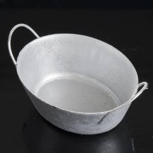Hauszubehör für Krippe: Becken aus Metall für Krippe.