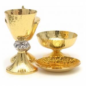 Calice pisside patene ottone cesellato e argento con angeli s4