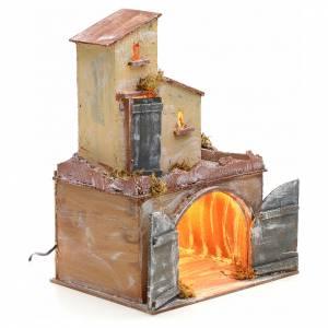 Casa iluminada con portón y establo pesebre Nápole s2