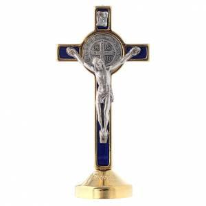Croci di san Benedetto: Croce metallo san Benedetto tavolo blu