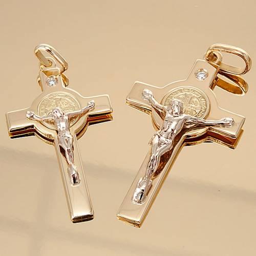 Croix de St. Benoît pendentif or et diamant s4