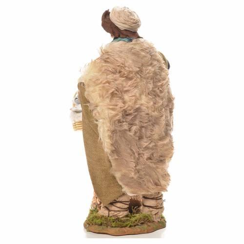 Homme avec lapins dans un panier 24 cm crèche napolitaine s3