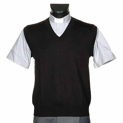 Light V-neck waistcoat s1