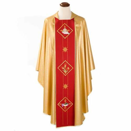 Liturgical vestment with host, ears of wheat and grapes 1