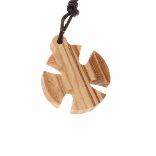 Maltese cross in olive wood 2.5x2.5cm s1