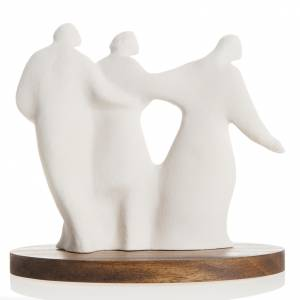 Statues in porcelain and fireclay: Mary and family with wooden base 18,5 cm