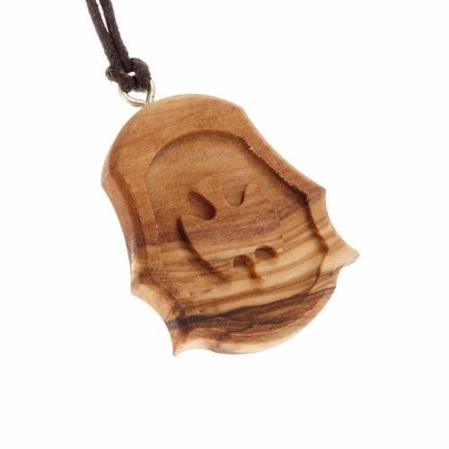 Medaglia legno olivo colomba intagliata rilievo s1