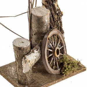 Milieu crèche Noel avec troncs et roue s2