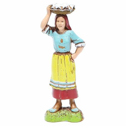 Mujer con cesta en la cabeza 10 cm Moranduzzo estilo clásico s1