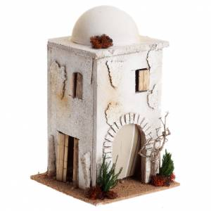 Nativity setting, Arabian house with dome s1