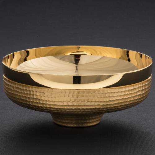 Paten in golden  brass with hammered finish 16cm s4