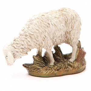 Animali presepe: Pecora resina dipinta testa bassa per presepe cm 12 Linea Martino Landi