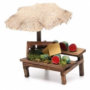 Puesto de mercado para belén con sombrilla y sandías 12x10x12 cm s2