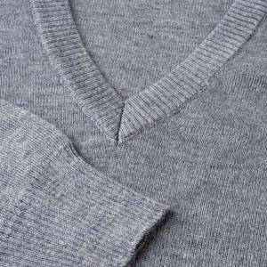 Pullover collo V grigio chiaro s3