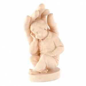 Statue in legno naturale: Mano di Dio con bimbo legno