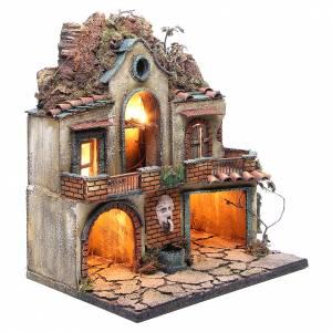 Village éclairé 2 cabanes et fontaine 48x40x30 cm s3