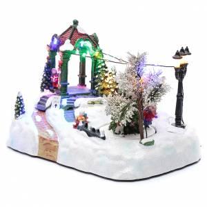 Villaggio animato albero movimento luci led musica natalizia 20x25x15 cm s2