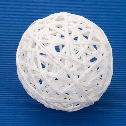 White Christmas ball s2